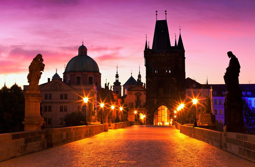 Ponte Carlos IV, à noite, Praga