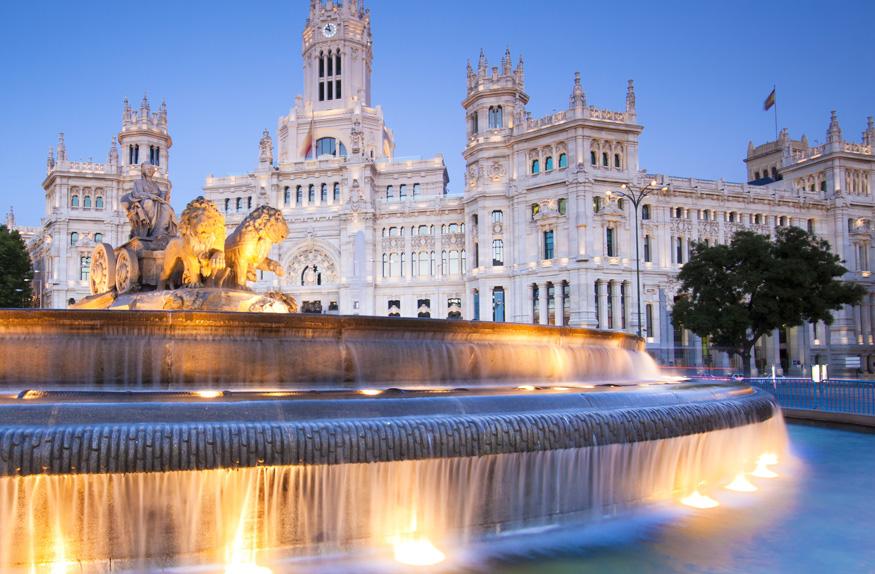 Plaza de las Cibeles, Madri